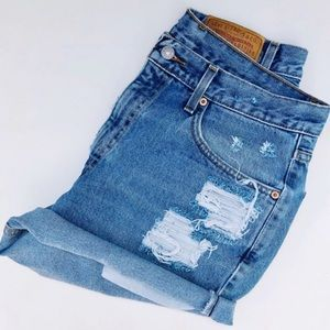 Vintage Levi's 550 Distressed Cut Off Denim Shorts